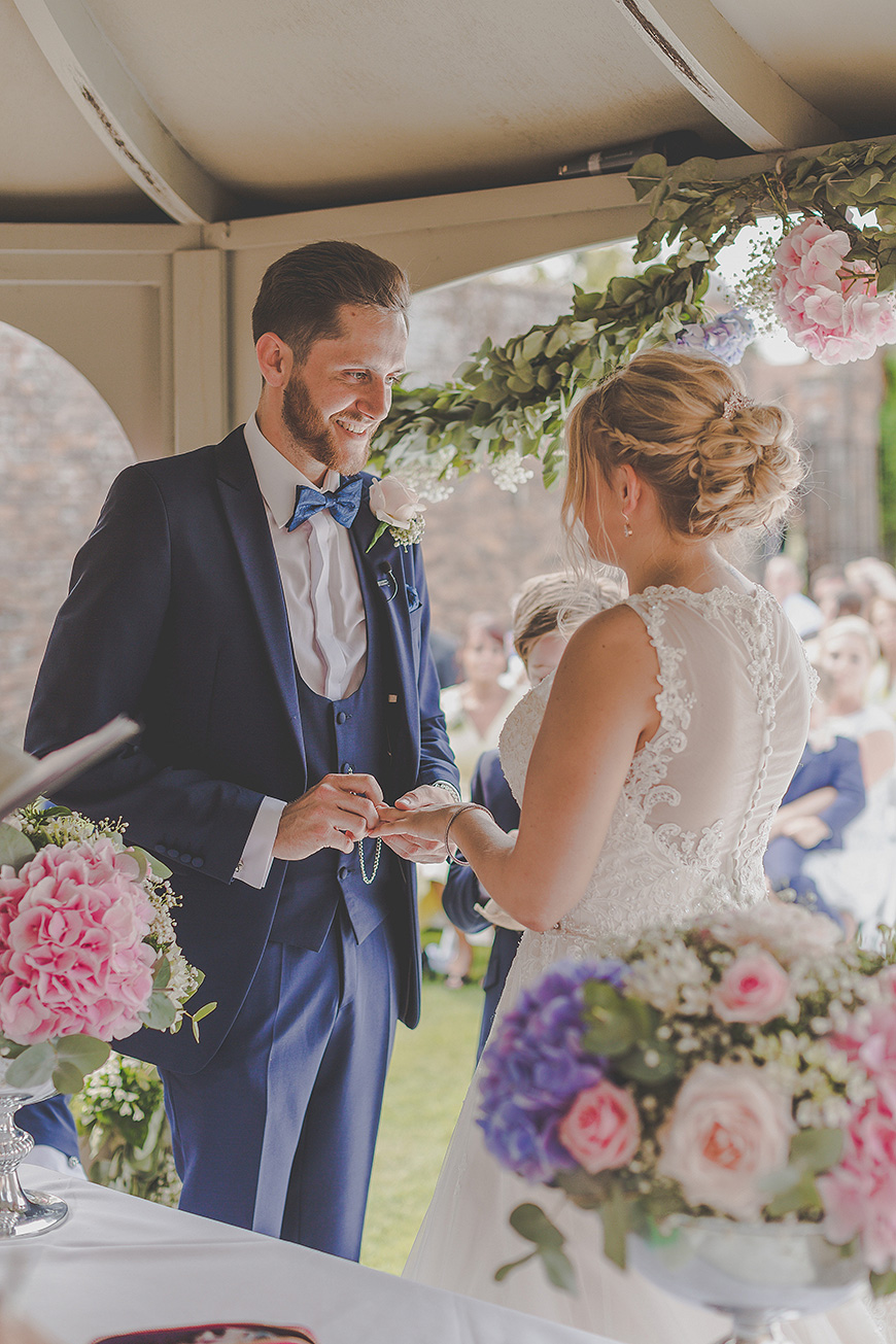 Amber and Alex's Fun-Filled Summer Wedding at Braxted Park    CHWV