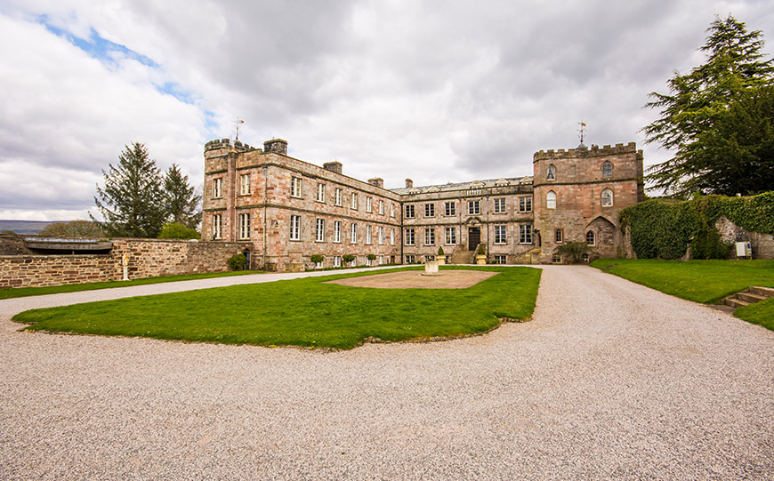 Unmissable Wedding Venues in Cumbria - Appleby Castle | CHWV
