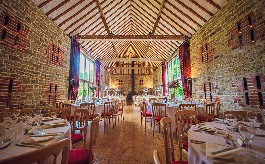 10 Romantic Wedding Venues That You Won't Want To Miss - Bartholomew Barn | CHWV