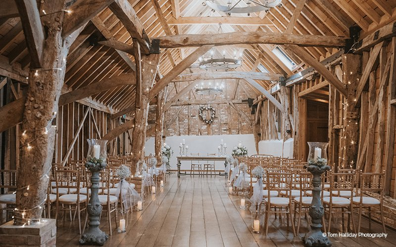 Barn Wedding Venues Cambridgeshire | Bassmead Manor | CHWV