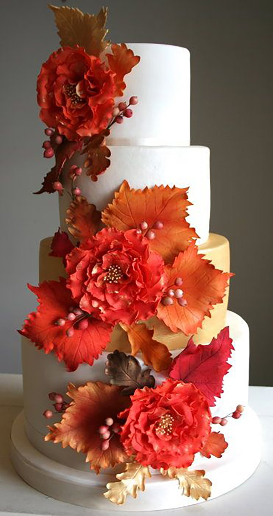 wedding cake autumn leaves the best autumnal wedding colours chwv 21764