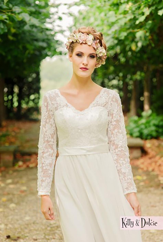 The best bohemian wedding dresses - Kitty and Dulcie | CHWV