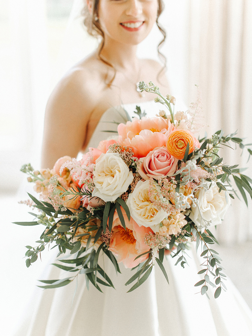 Wedding Ideas By Pantone Colour: Blooming Dahlia - Flowers | CHWV