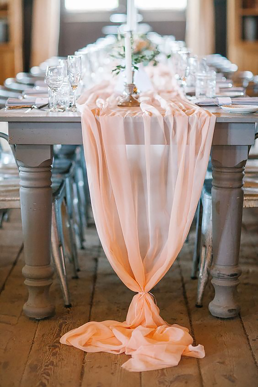 Wedding Ideas By Pantone Colour: Blooming Dahlia - Table runner | CHWV