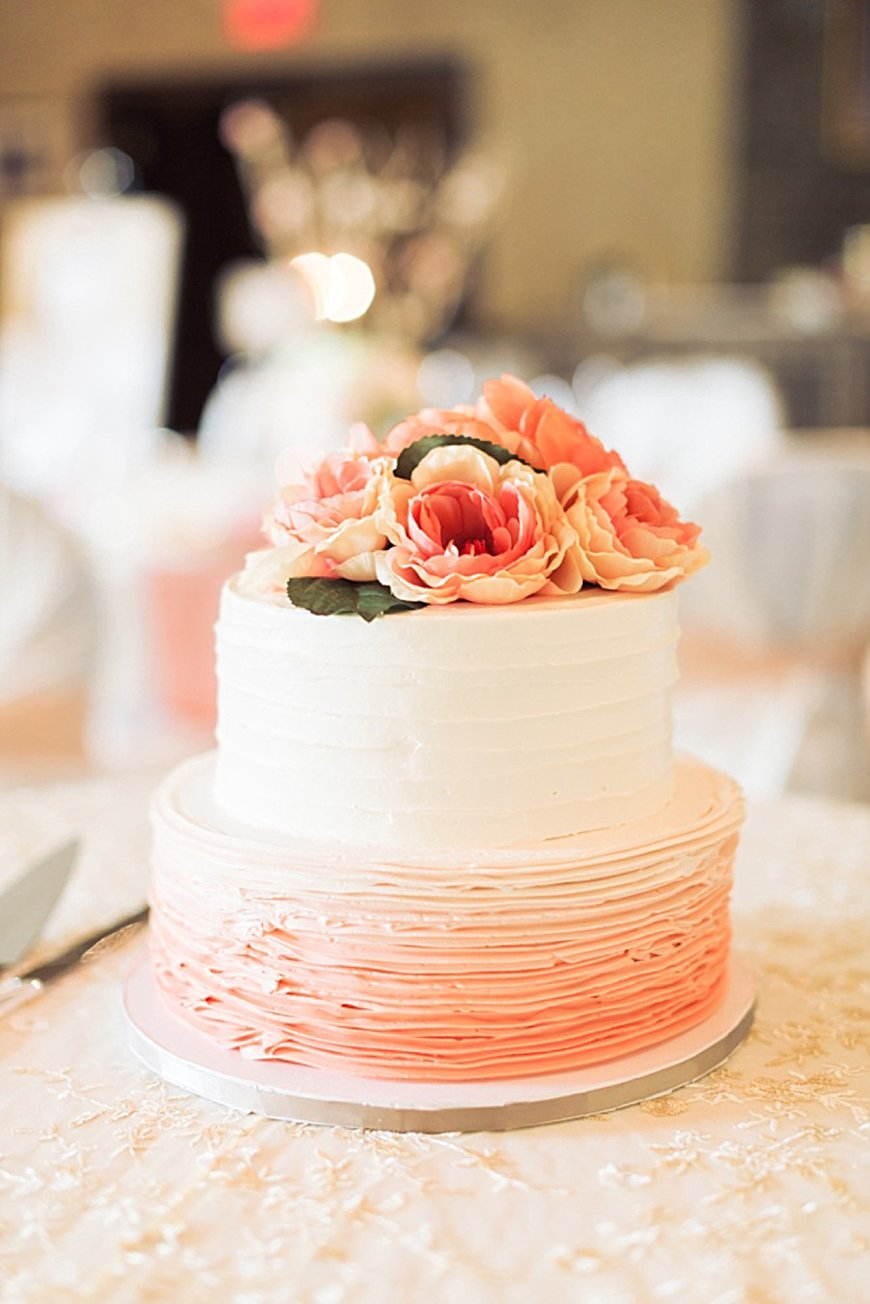 Wedding Ideas By Pantone Colour: Blooming Dahlia - Cake | CHWV
