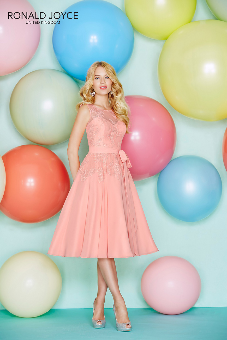Wedding Ideas By Pantone Colour: Blooming Dahlia - Wedding day look | CHWV