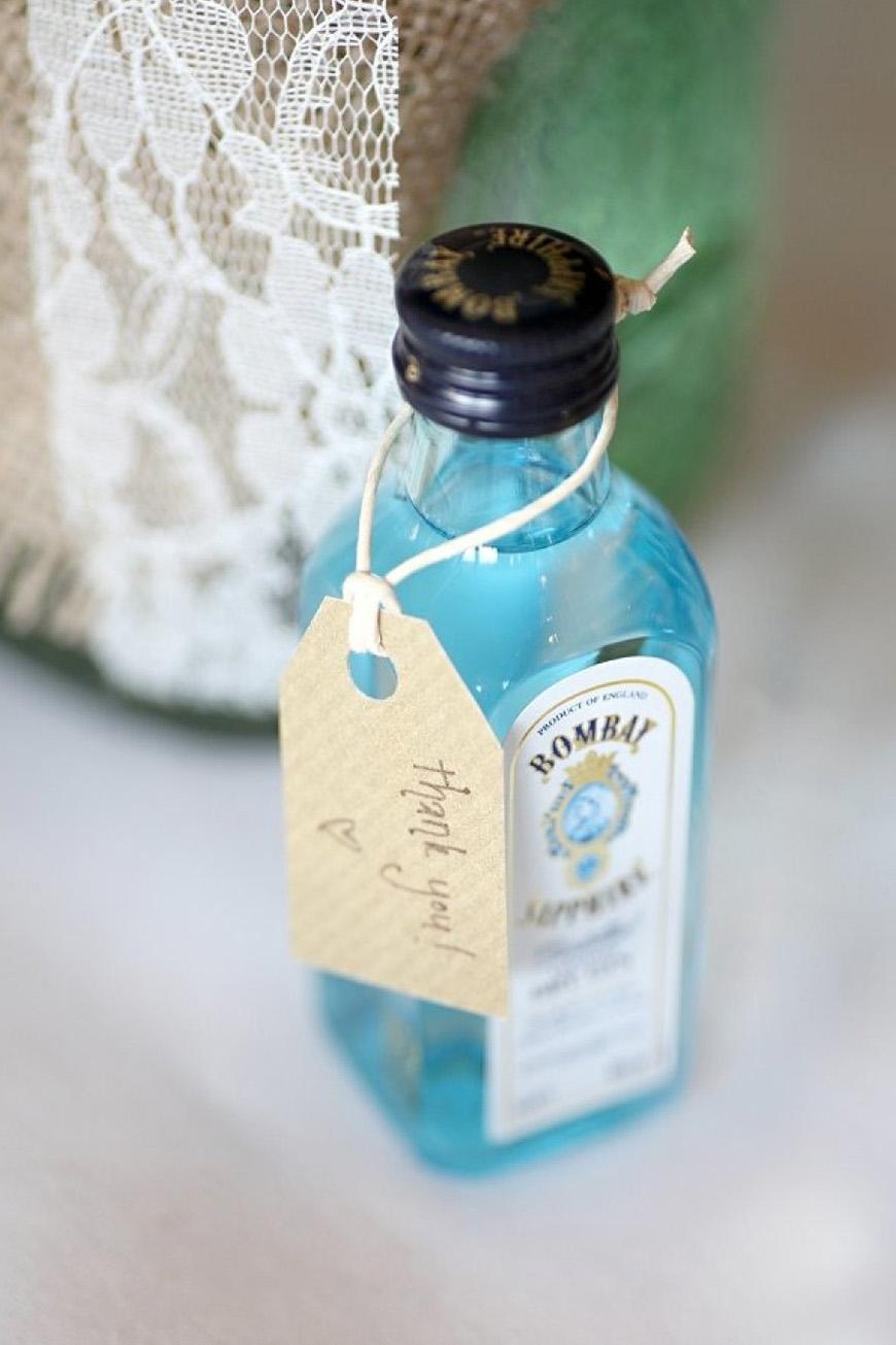Wedding Ideas By Colour: Blue Wedding Favours - A tasty tipple | CHWV