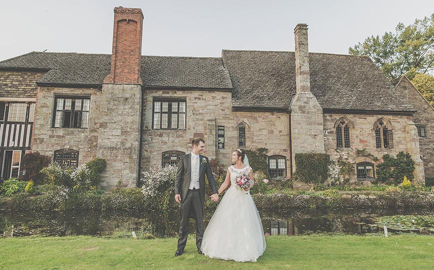 8 Winter Wedding Venues In The West Midlands - Brinsop Court | CHWV