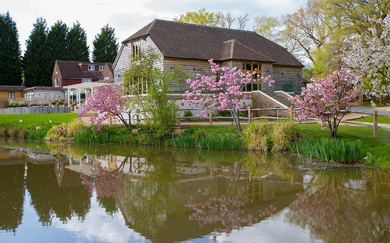 Barn Wedding Venue Sussex Brookfield Barn Chwv