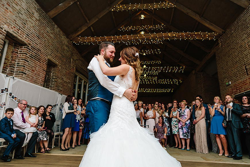 11 Budget-Friendly Barn Wedding Venues - Manor Mews | CHWV