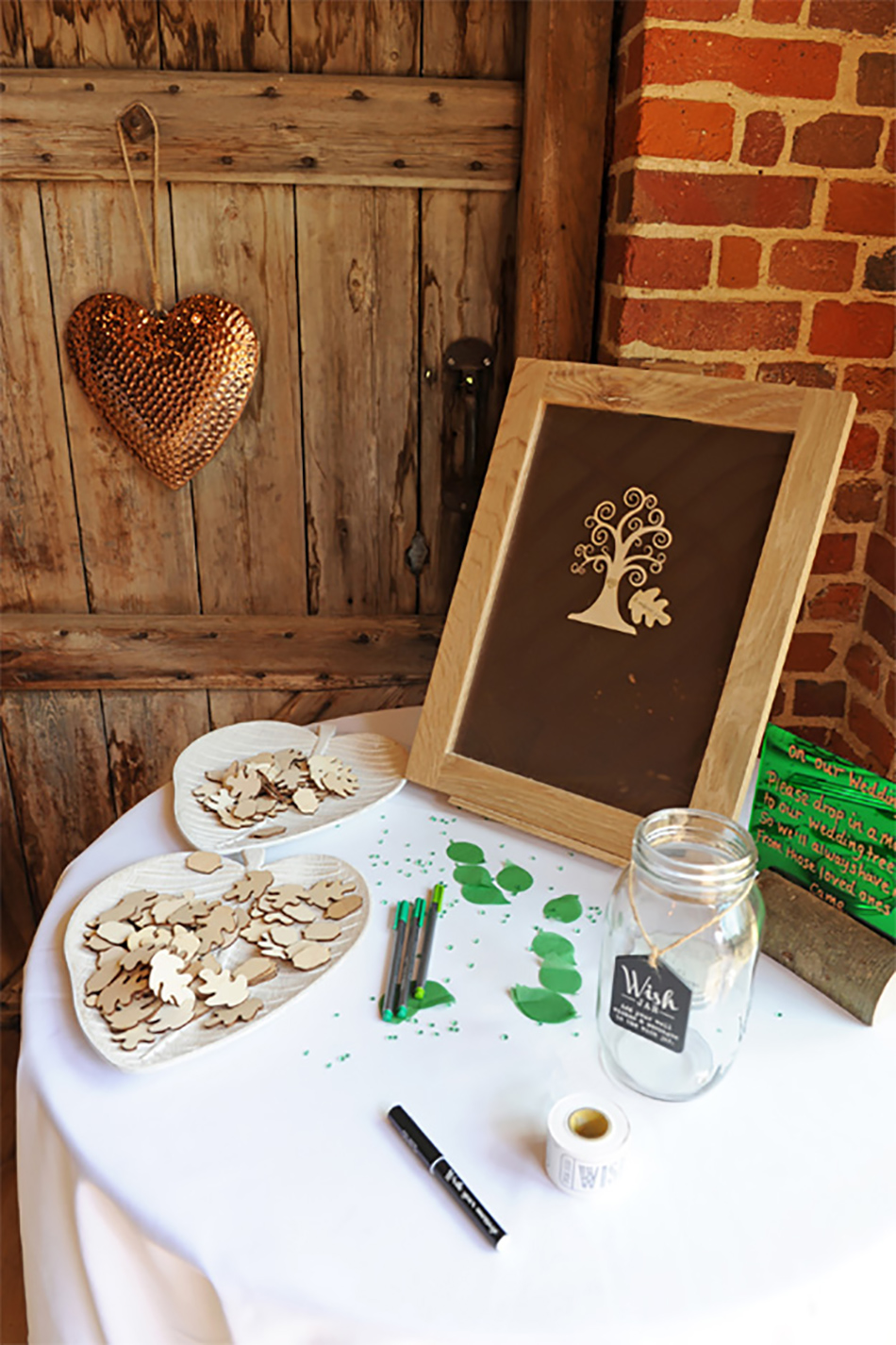 Real Weddings: A Pretty Peach and Green Summer Wedding