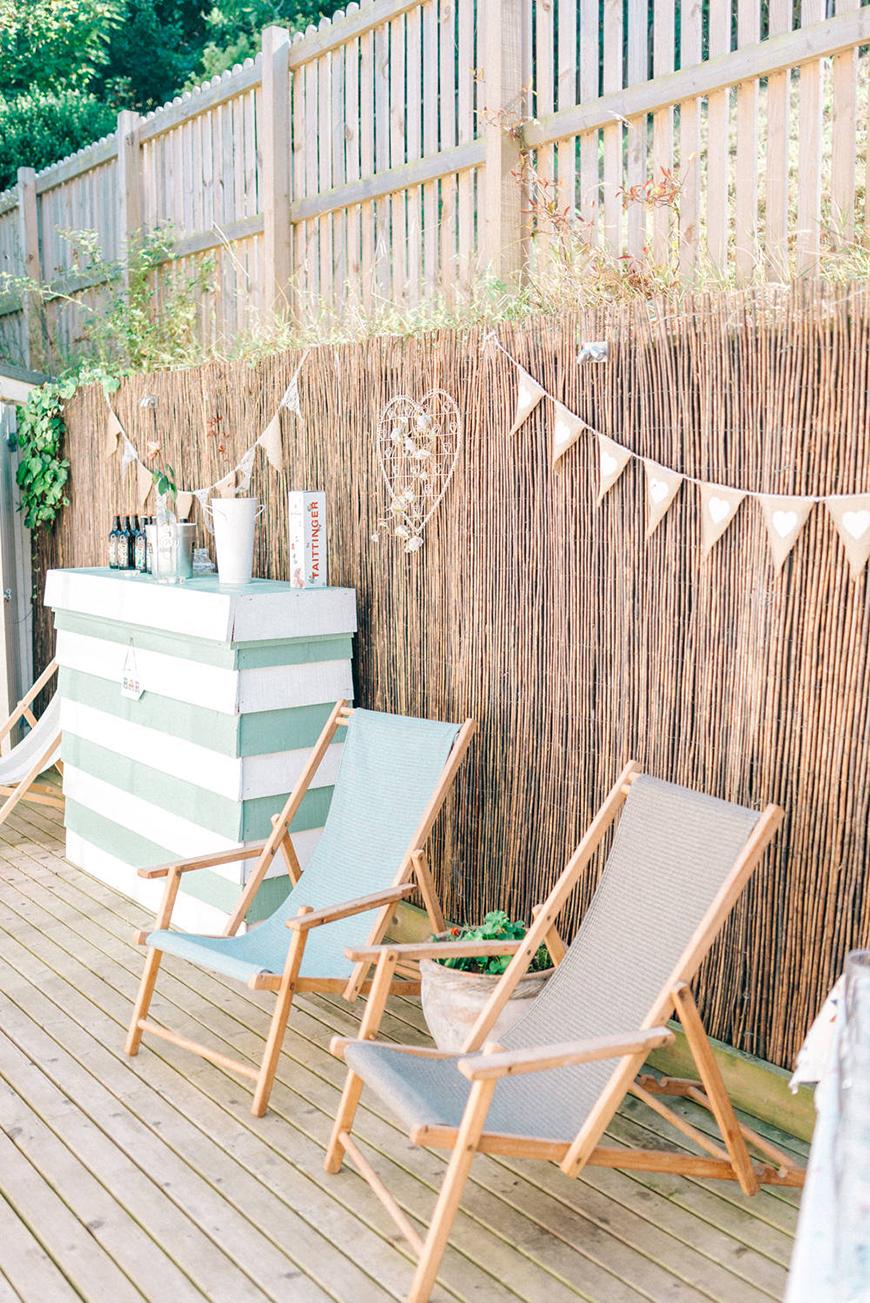 12 Colourful Summer Wedding Ideas - Beachy bliss | CHWV