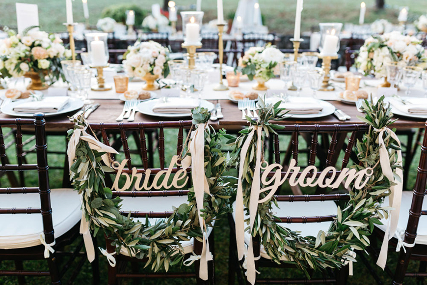 The Coolest Winter Wedding Ideas - Gorgeous garlands | CHWV