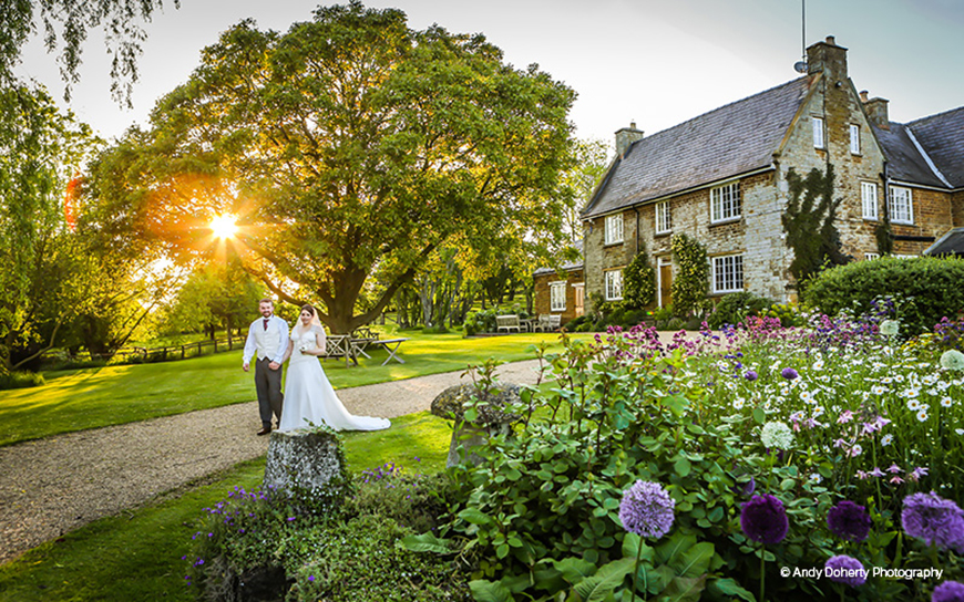 11 Marquee Wedding Venues You Won't Want To Miss - Crockwell Farm | CHWV