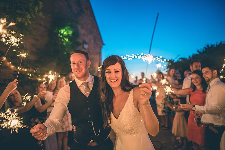 The Perfect Christmas Wedding Theme | CHWV