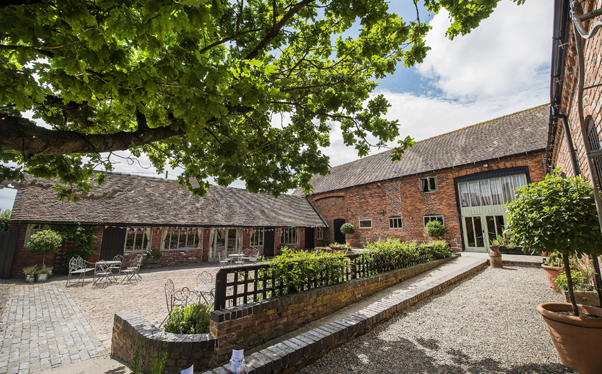 10 Romantic Wedding Venues That You Won't Want To Miss - Curradine Barns | CHWV