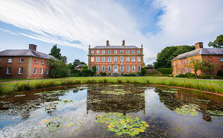 8 Winter Wedding Venues In The West Midlands - Davenport House | CHWV