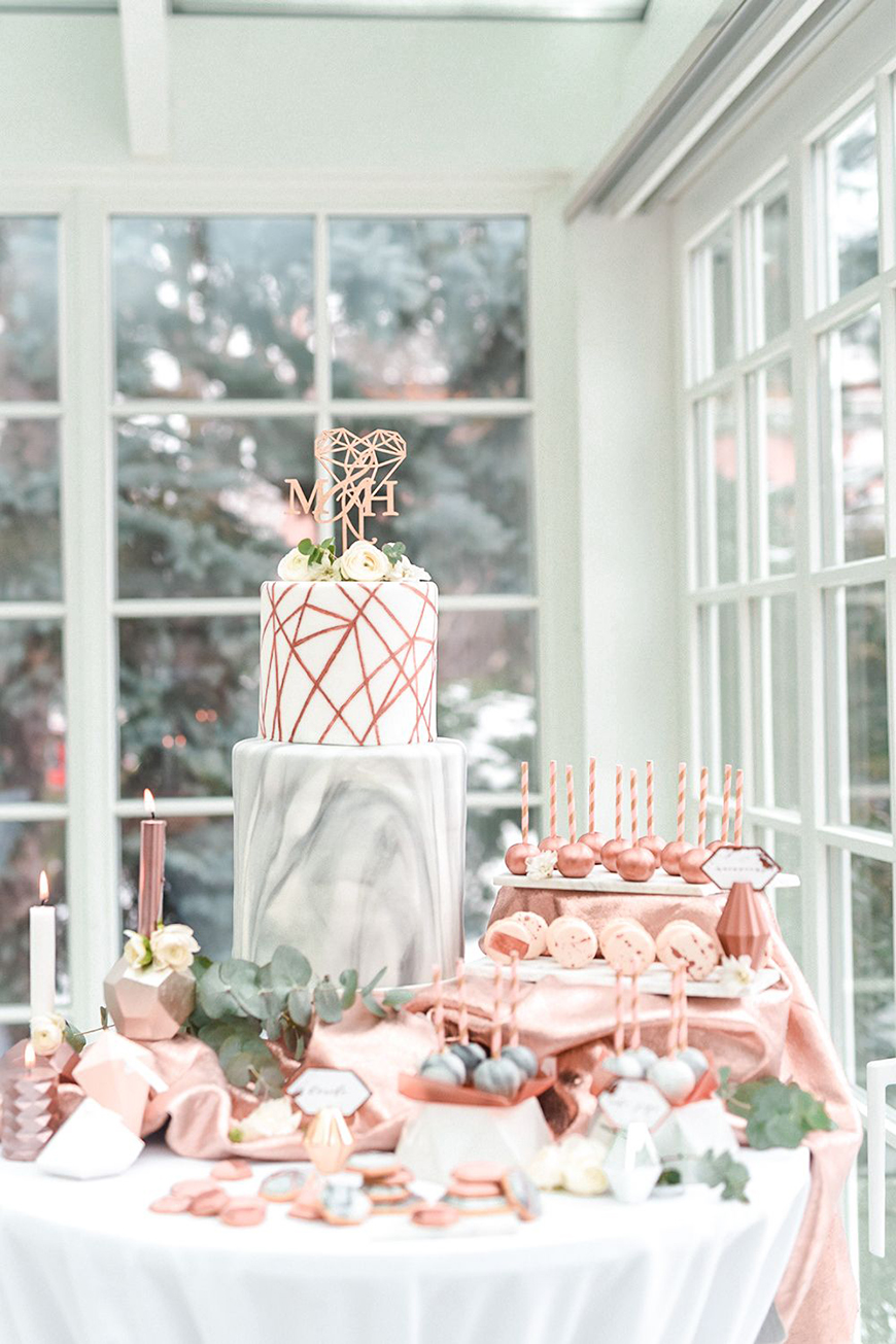 Delicious Dessert Tables You Have To See - Miniature materpieces   CHWV
