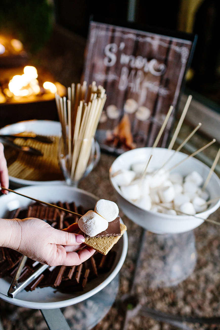 Delicious Dessert Tables You Have To See - S'more please | CHWV