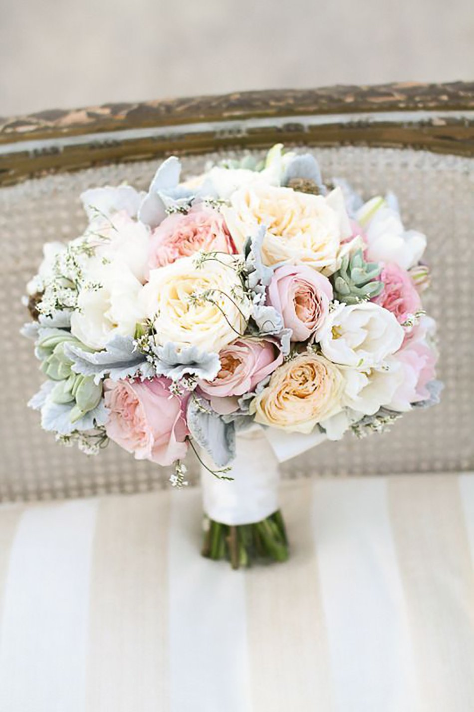 Pastel yellow wedding flowers wedding flower ideas chwv for Pastel colored flower arrangements