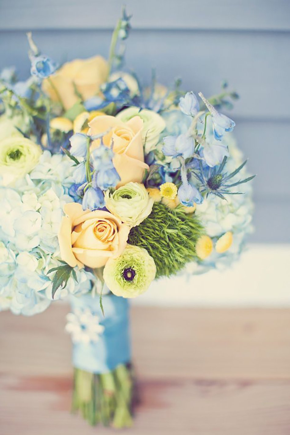Pastel Yellow Wedding Flowers | Wedding Flower Ideas | CHWV