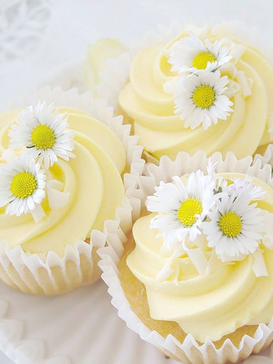 Pastel Yellow Wedding Flowers | Wedding Flower Ideas | CHWV