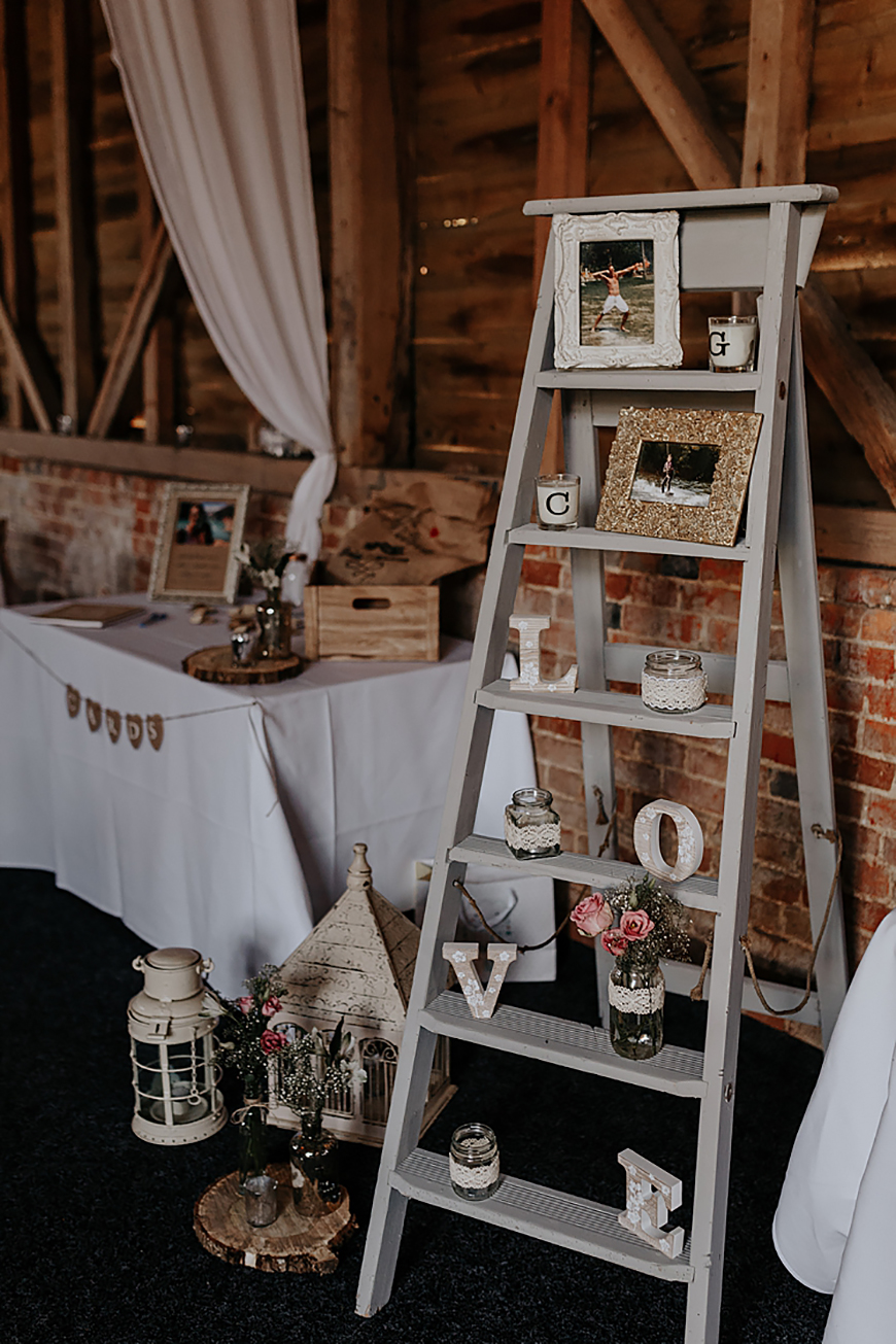 DIY Wedding Decorations That Will Really Stand Out - Big wedding projects | CHWV