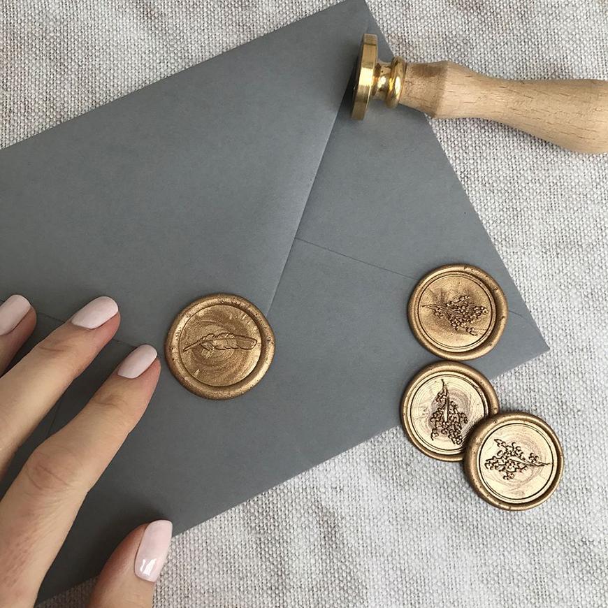 DIY Wedding Invitations - Signed, sealed, delivered | CHWV