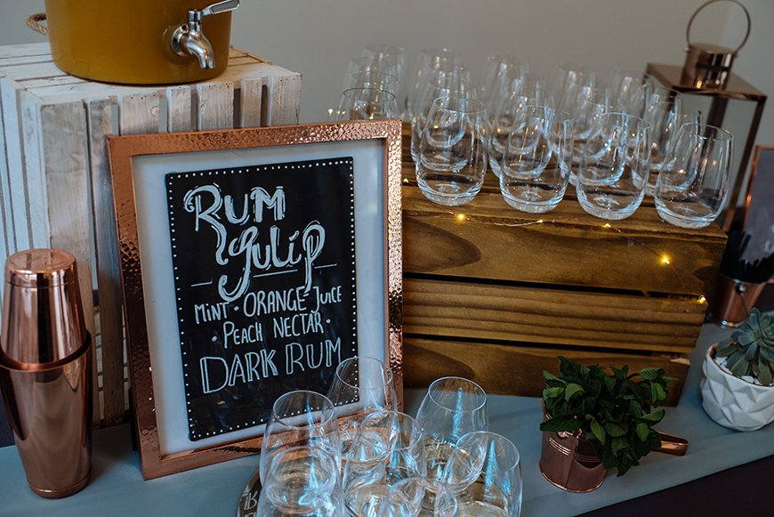 How To Mix Up Your Wedding Reception With Drinks Stations - Nostal-gin | CHWV
