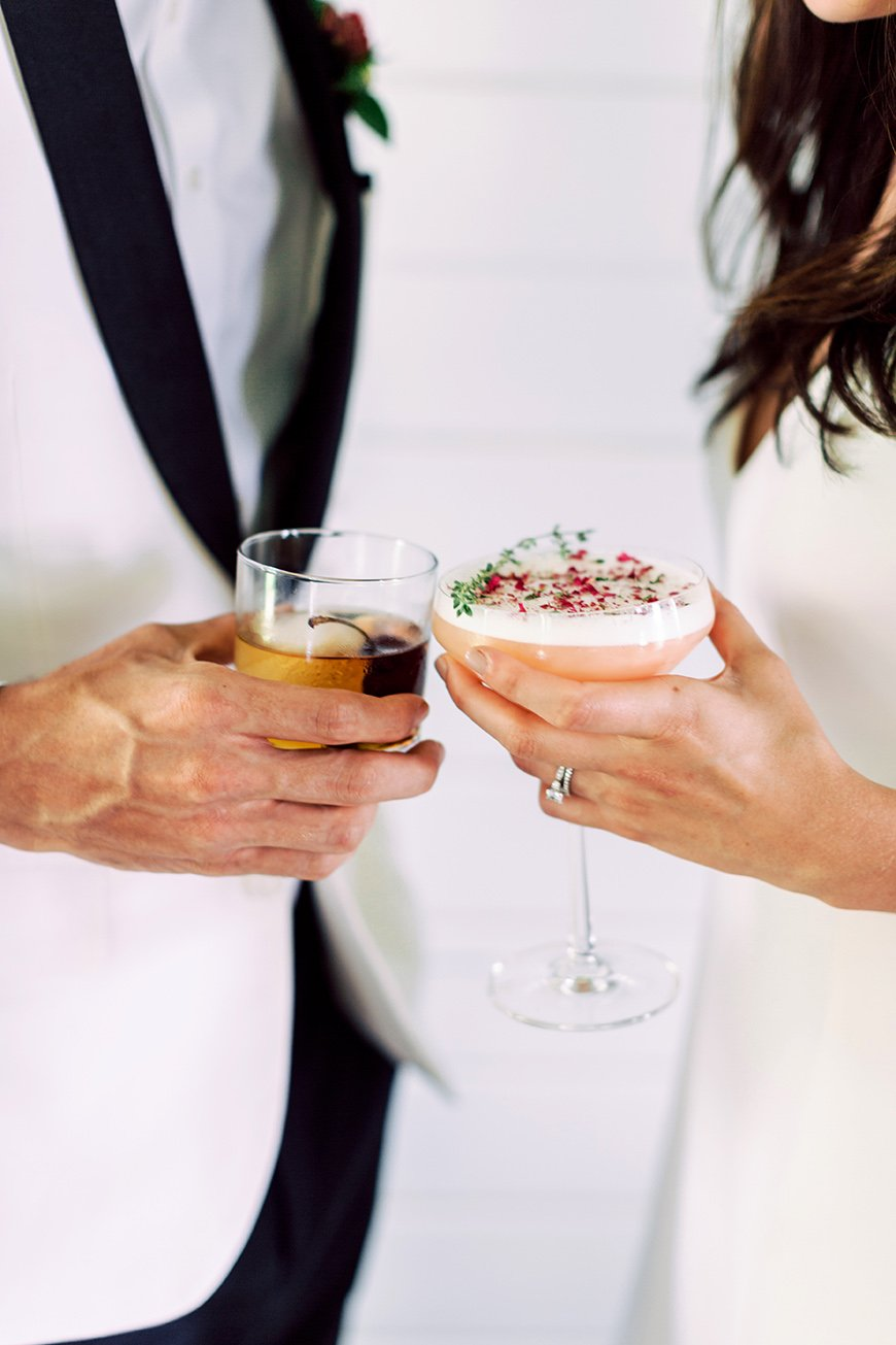 How To Mix Up Your Wedding Reception With Drinks Stations - Your cocktail station | CHWV