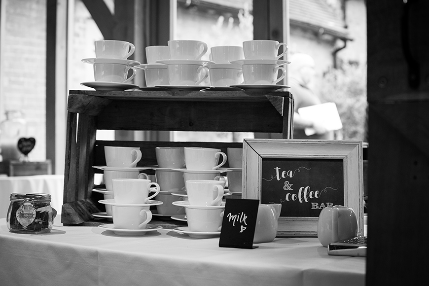 How To Mix Up Your Wedding Reception With Drinks Stations - Brew bar | CHWV