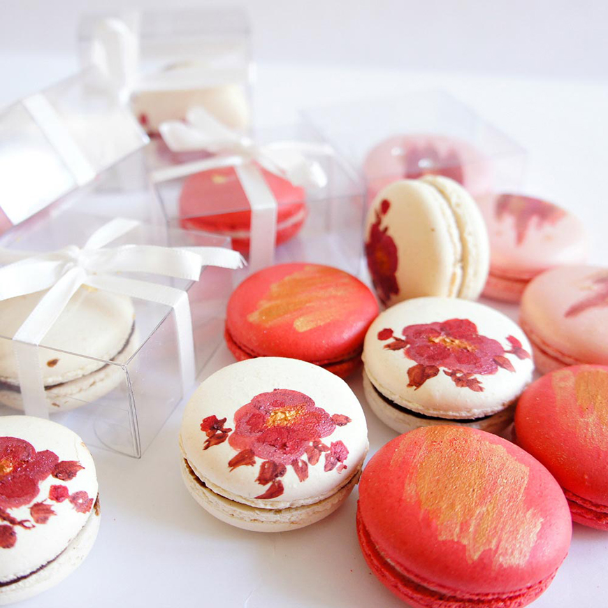 Edible Wedding Favours To Treat Your Guests - Macarons | CHWV