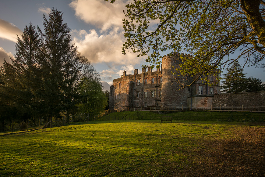 6 Fairy-Tale Wedding Venues For The Day Of Your Dreams - Appleby Castle | CHWV