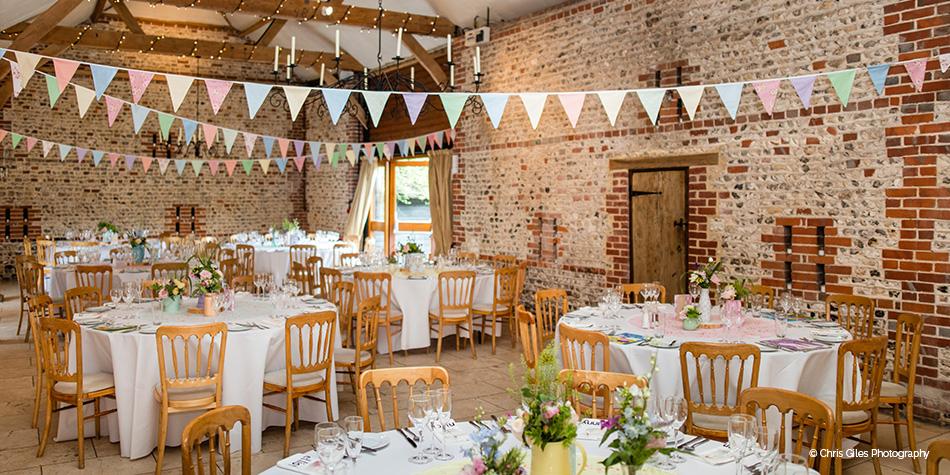 Barn wedding venue in west sussex upwaltham barns chwv for Party barn plans