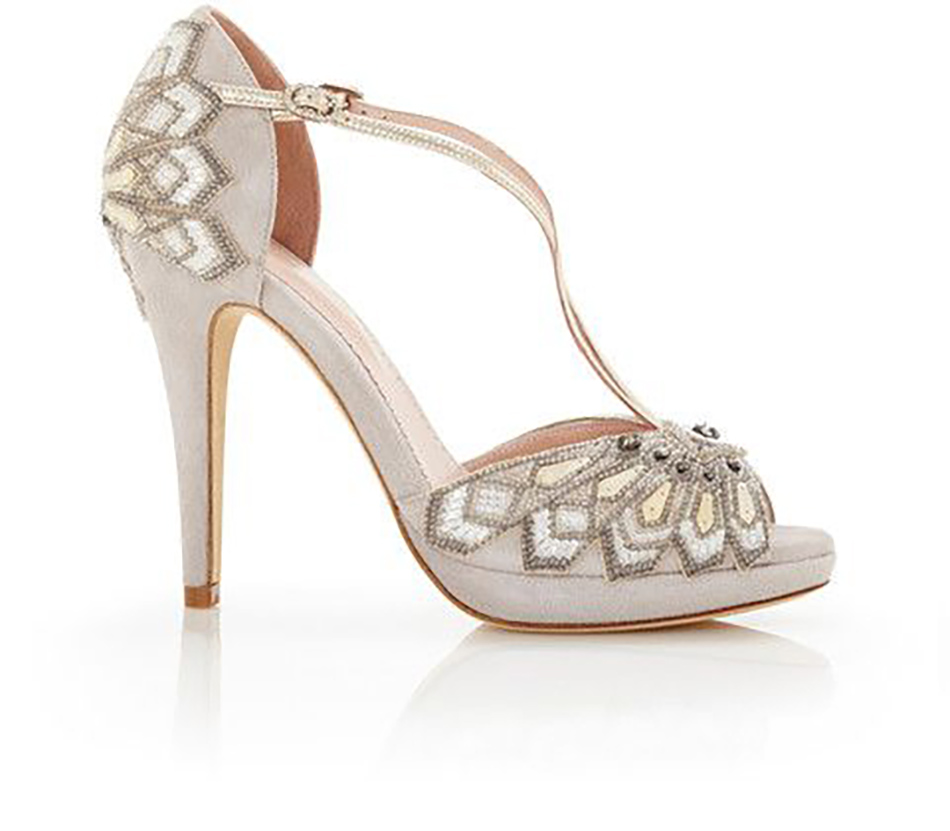 Gold wedding shoes wedding ideas chwv for Shoe sculpture ideas