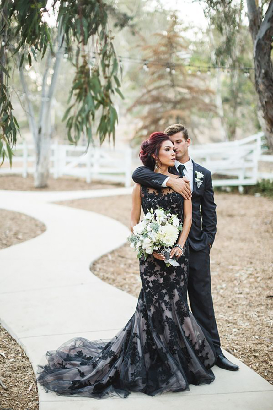 How to Get That Perfect Gothic Wedding Theme | CHWV