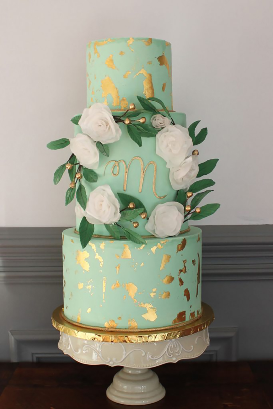 Wedding Ideas By Colour: Green Wedding Cakes - Delicate tones | CHWV