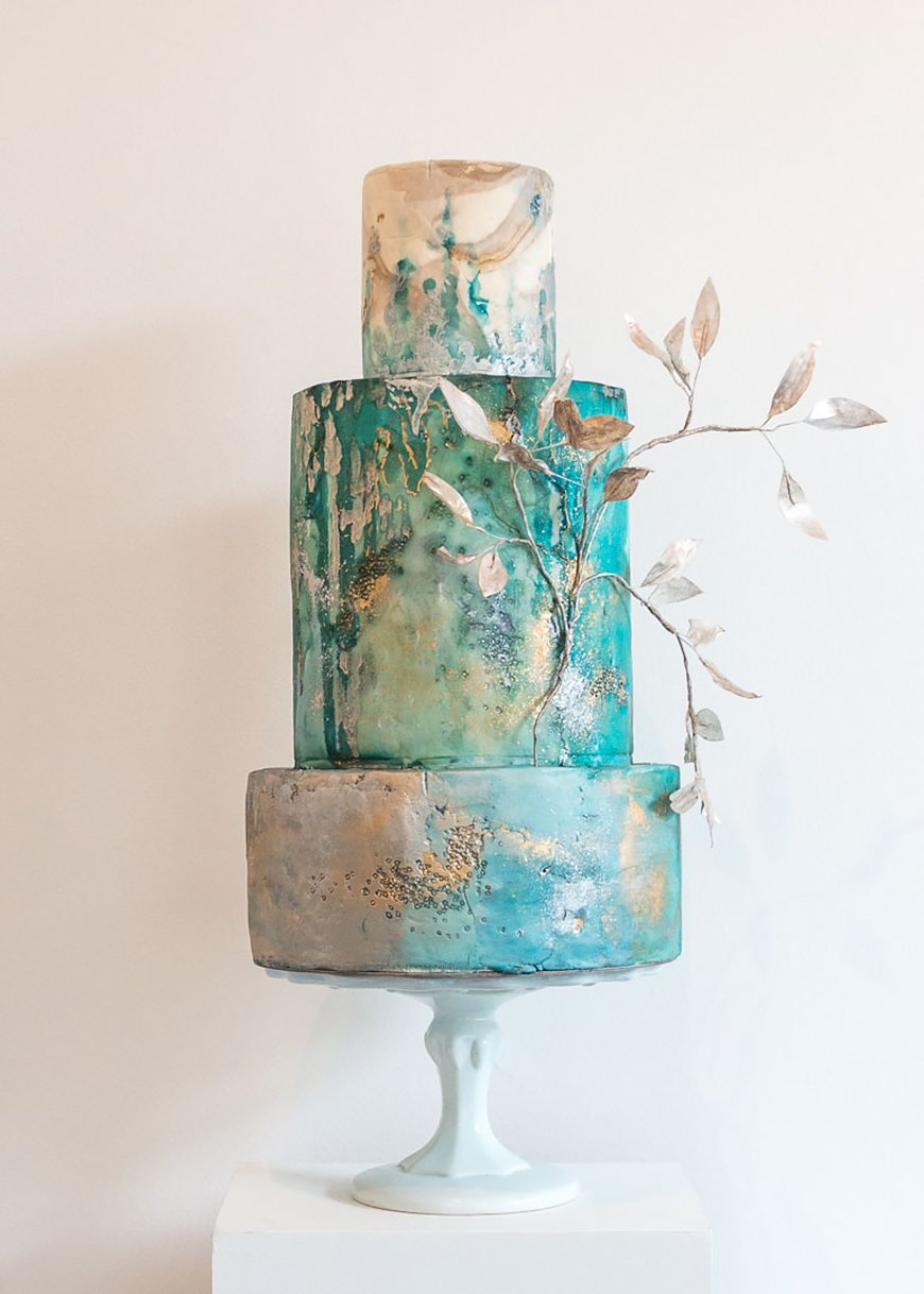 Wedding Ideas By Colour: Green Wedding Cakes - Bold and beautiful   CHWV