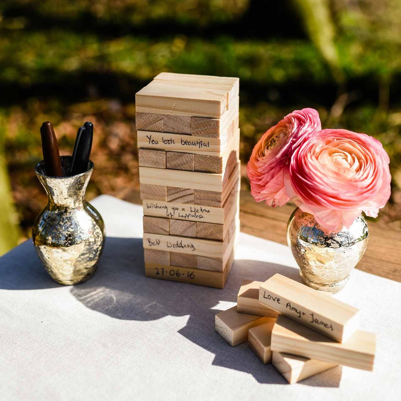 Guest Book Ideas You Won't Want To Miss - Jenga blocks | CHWV