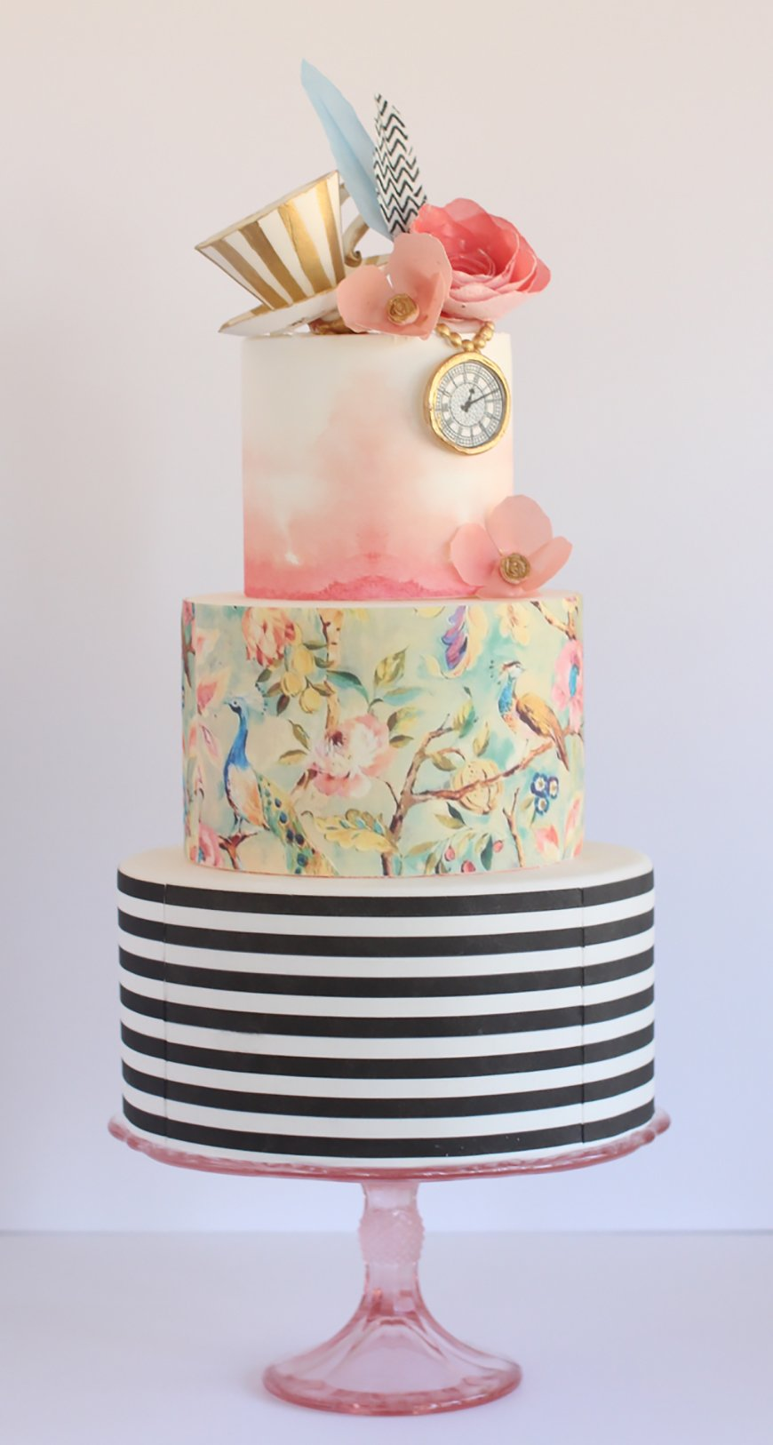 Hand-Painted Wedding Cakes You Have To See - Watercolour wedding cakes | CHWV
