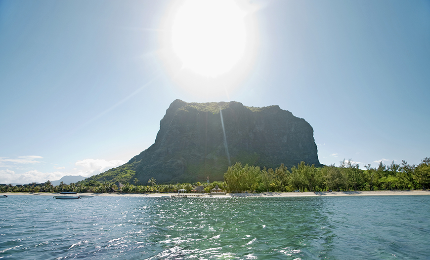 7 Best Honeymoon Destinations For Introverts - Mauritius   CHWV