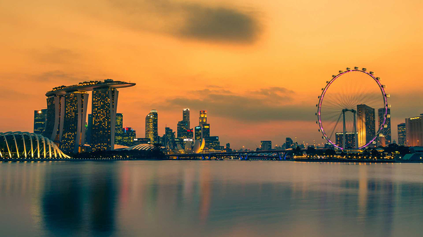 7 Best Honeymoon Destinations For Introverts - Singapore   CHWV