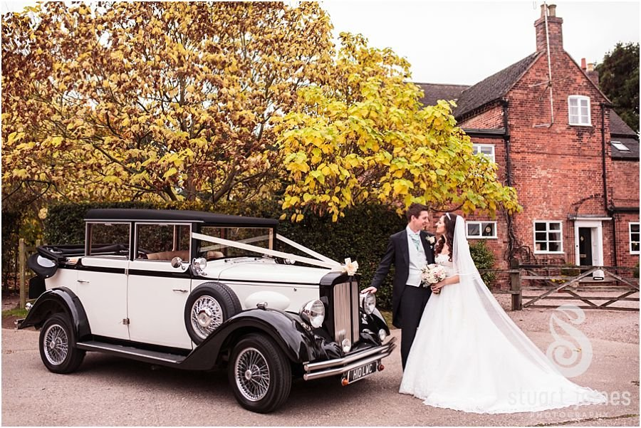 A feel-good, autumnal wedding at Packington Moor - Just married   CHWV