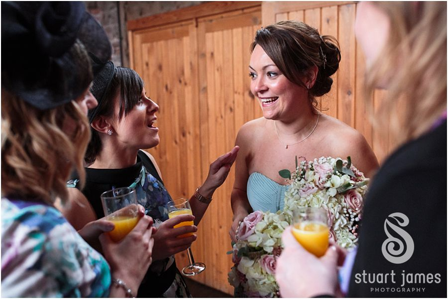 A feel-good, autumnal wedding at Packington Moor - Just married | CHWV
