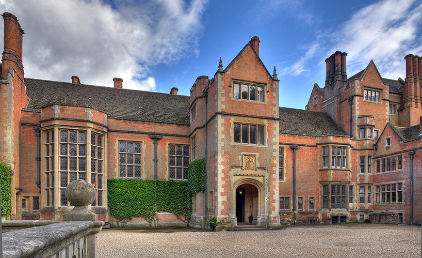 Our five favourite intimate wedding venues in berkshire chwv for Berkshire house