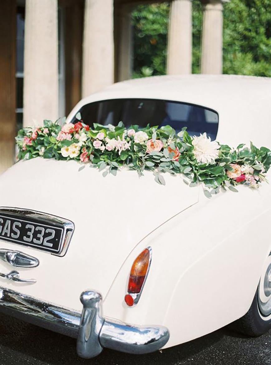 25 Jaw Dropping Wedding Ideas - Hippy shake   CHWV