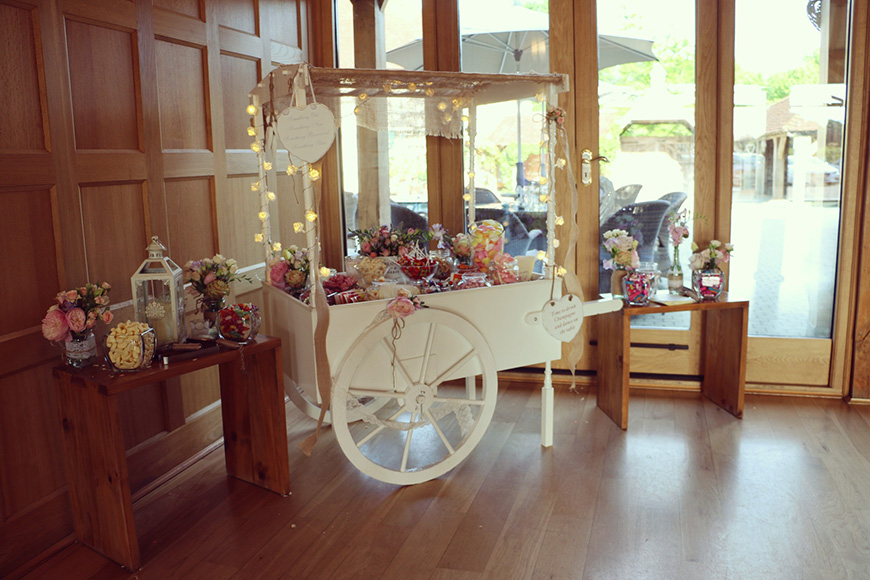 A Stylish Summer Celebration at Rivervale Barn in Hampshire - Sweet cart | CHWV