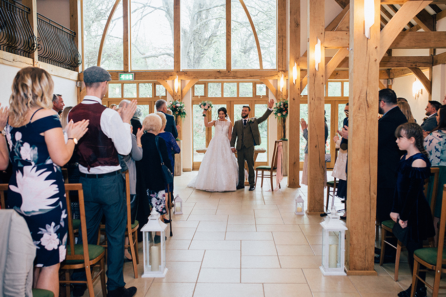 6 Magical Barn Wedding Venues In Hampshire - Rivervale Barn | CHWV