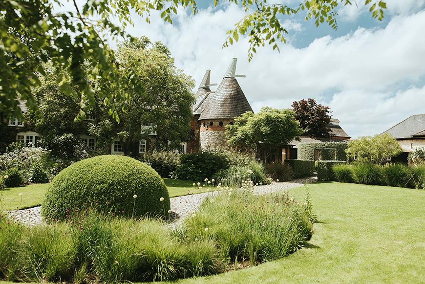 6 Magical Barn Wedding Venues In Hampshire - Bury Court Barn | CHWV