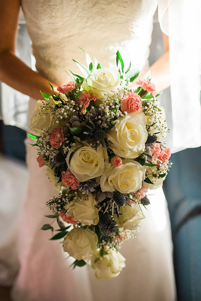 A Romantic Countryside Wedding at Clock Barn - Bridal bouquet | CHWV